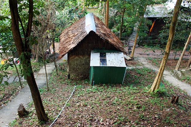 A Tiew Khao sur la plage de Tonsai, les bungalows sont simples et bon marché.