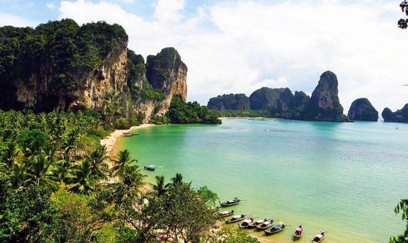 Plage de Tonsai en Thaïlande du Sud