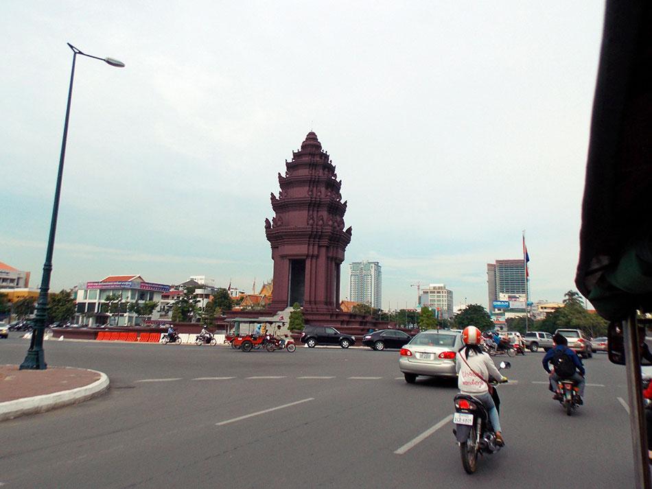 Monument de l'Indépendance du Cambodge à Phnom Penh