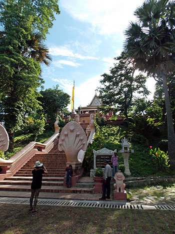 Le temple de Wat Phnom à Phnom Penh