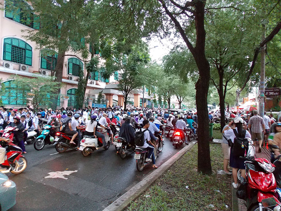 Lexique du voyage au Vietnam - F comme fauteuil roulant