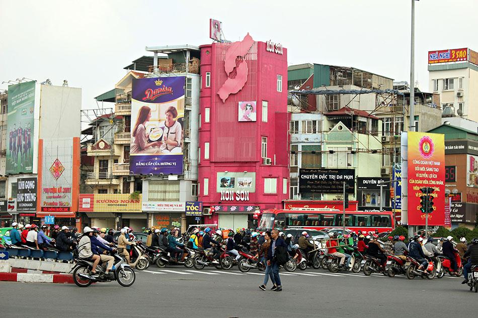Une idées d'activités sympas à vivre à Hanoï? Essayez le moto taxi.