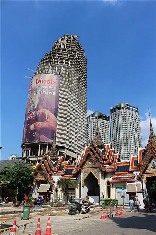 Vous aimez les lieux abandonnés? Connaissez-vous la Sathorn Unique Tower à Bangkok?